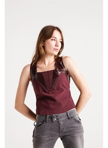 Deri Kumaş Karışımlı Kalın Askılı Bluz-Love'n Fashion Paris